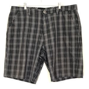 Hurley Reagan Black and White Plaid Shorts size 38
